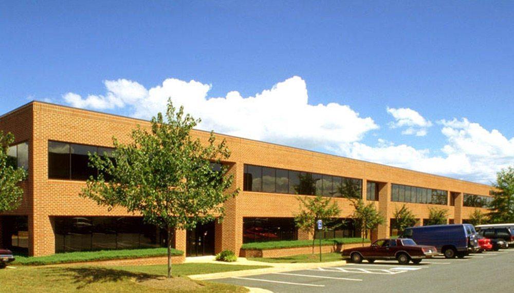 Fullerton Square - Cambridge Property Management Virginia, DC, Maryland