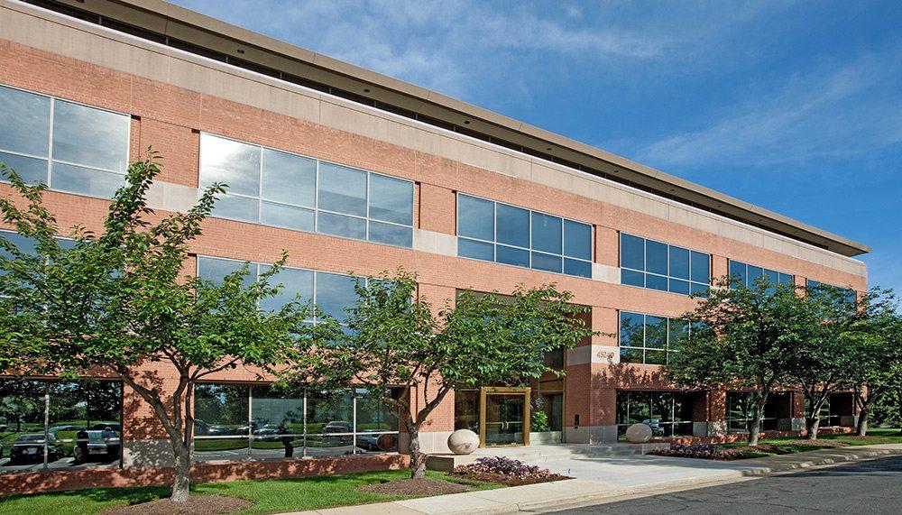 Loudoun Plaza Lobby - Cambridge Property Management Virginia, DC, Maryland